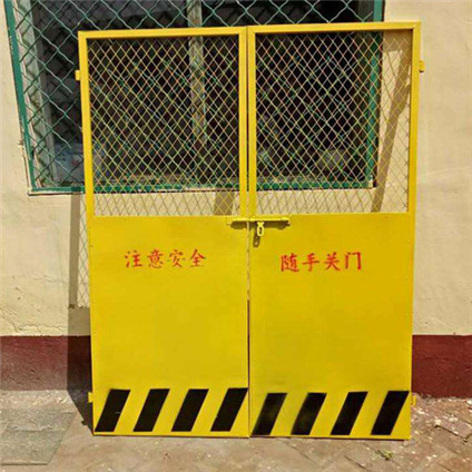 升降机防护门0