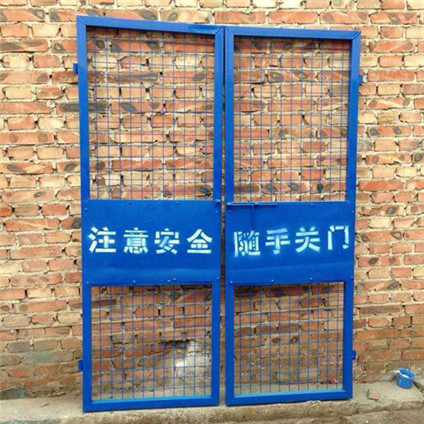 施工电梯防护门0